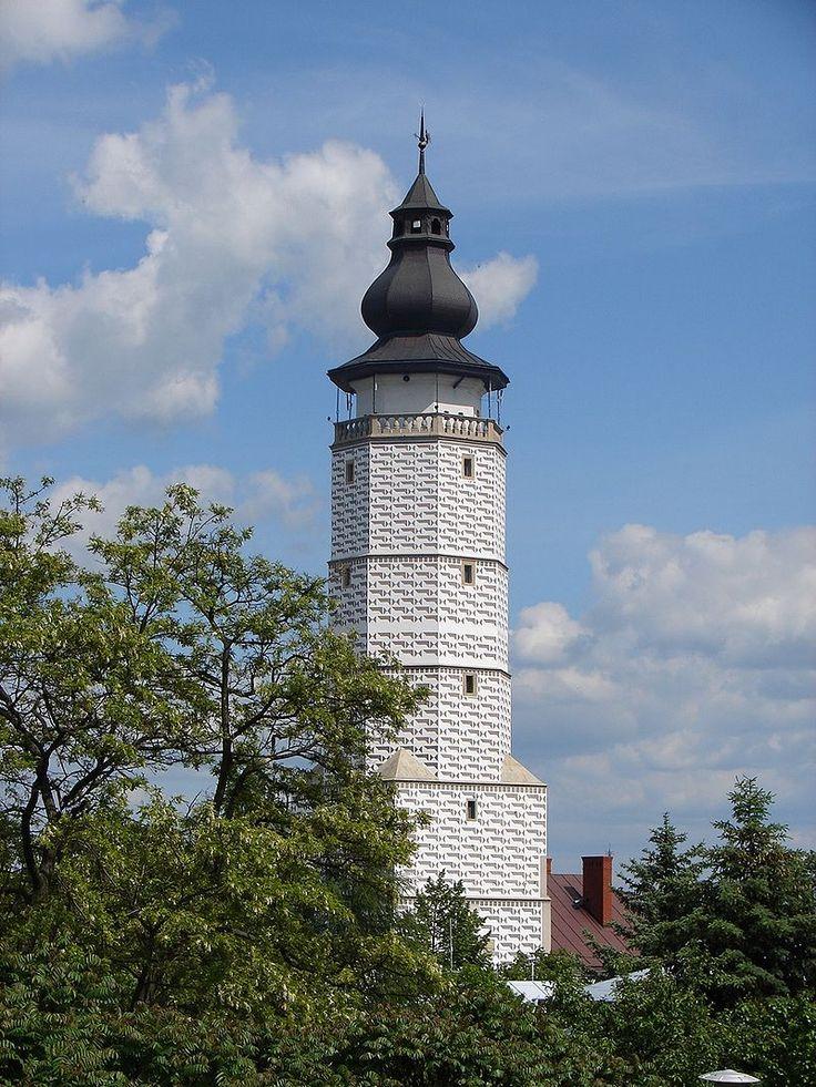Późnogotycka wieża ratuszowa w Bieczu (Polska) [za Wikipedia]