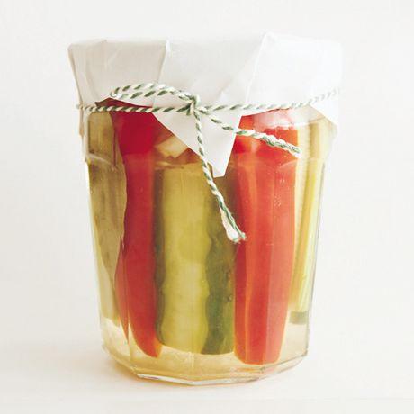 瓶詰めカラフルピクルス | 坂田阿希子さんの料理レシピ | プロの簡単料理レシピはレタスクラブニュース