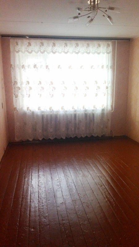 Продаётся трёхкомнатная квартира в Ленинском районе города Ярославля (ближайший район к центру города) ул. Лермонтова, д.44. Расположена квартира на первом этаже пятиэтажного жилого дома. Дом кирпичный. Общая площадь 51,5 кв.м., жилая 34,9, площадь кухни 6 кв.м., комнаты две смежные площадью 14,8+10,4 кв.м., одна отдельно площадью 9,7 кв.м.. Окна выходят во двор, с/у раздельный, поменяны трубы, заменена сантехника, угловая. Общественный транспорт в шаговой доступности. Вблизи дома…
