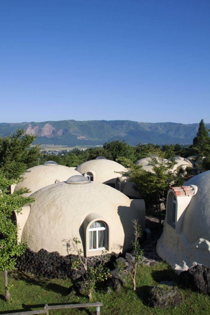 この場所が国内 まるで海外のような雰囲気の お出かけスポット 国内リゾートホテル などをご紹介 キナリノ ドーム型の家 ドームハウス 綺麗 景色