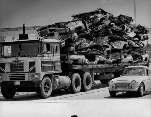 1974 Auto Junkyard Graveyards Smashed Cars on 18 Wheeler Press Photo