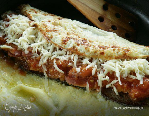 Яичница по-кончаловски, блинный рулет с семгой от Юлии Высоцкой, французские тосты: рецепт, видео