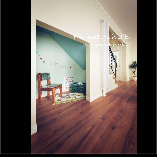 階段下のキッズスペースに憧れて小さいけど作りました!!こどもたちの秘密基地〜(*´艸 階段下キッズスペース♡(*´艸`)/アイアンの階段手すり♪/可愛いもかっこいいも♡…などのインテリア実例 - 2015-02-09 19:27:50 | RoomClip(ルームクリップ)