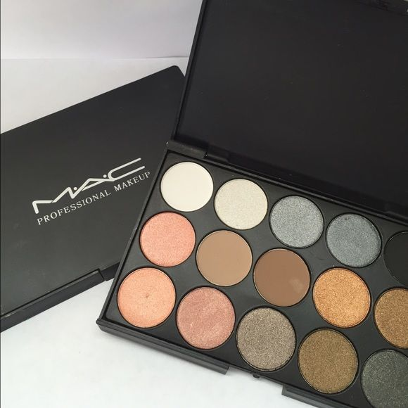 MAC Professional makeup Palette 15 neutral colors MAC. Makeup Eyeshadow