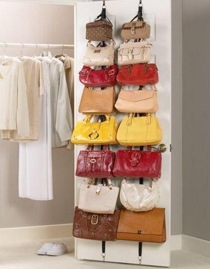 M s de 25 ideas incre bles sobre guardar carteras en for Guardar bolsos en armario