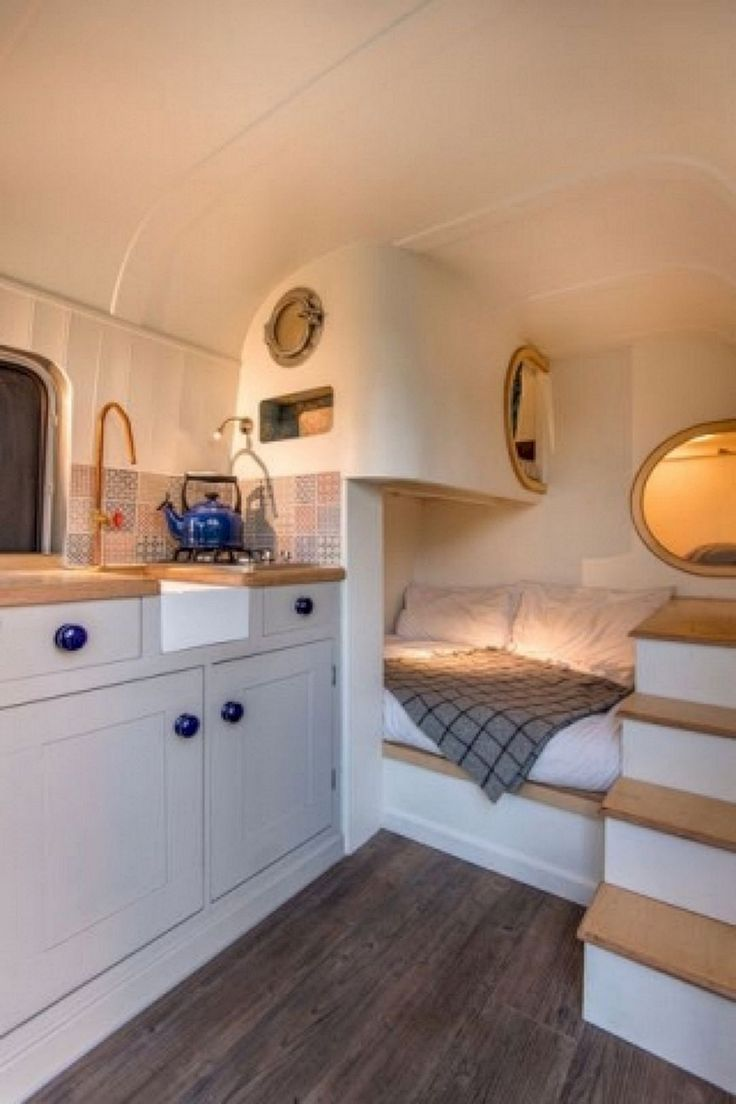 20+ Impressive Interior Design and Decor Ideas for Camper Van
