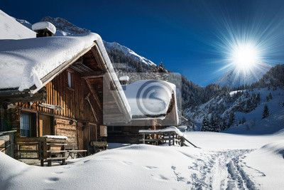 Fotobehang winter ski chalet en cabine in sneeuw berg landschap in Tirol