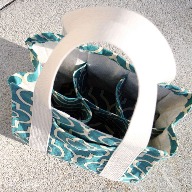 Water Bottle Tote PDF Pattern + Tips for Sewing Reinforced Bag Handles - a different bag, but useful!