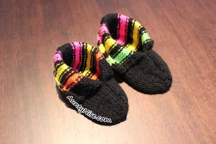 Licorice Allsorts Inspired Baby Booties Pattern with 3 sizes by designer AuntyNiseCrafts.  AuntyNise.com