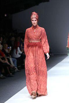 Gamis Etnic S/S Collection 2016 - Itang Yunasz | Jakarta Fashion Week 2016 | www.itangsz.com