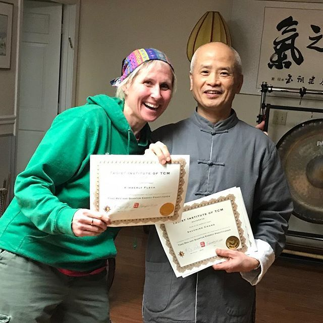 Guess who completed her Tong Ren And Quantum Energy Practitioner Certificate? Thats right this girl right here  #wuhealing #mingwu #tongren #quantumenergy #practitioner #certificate #taoistinstitute #tcm #weha #ct #whoami #beinwellness #brandfearless #bewell #dogood #fearLESS #learn #healing