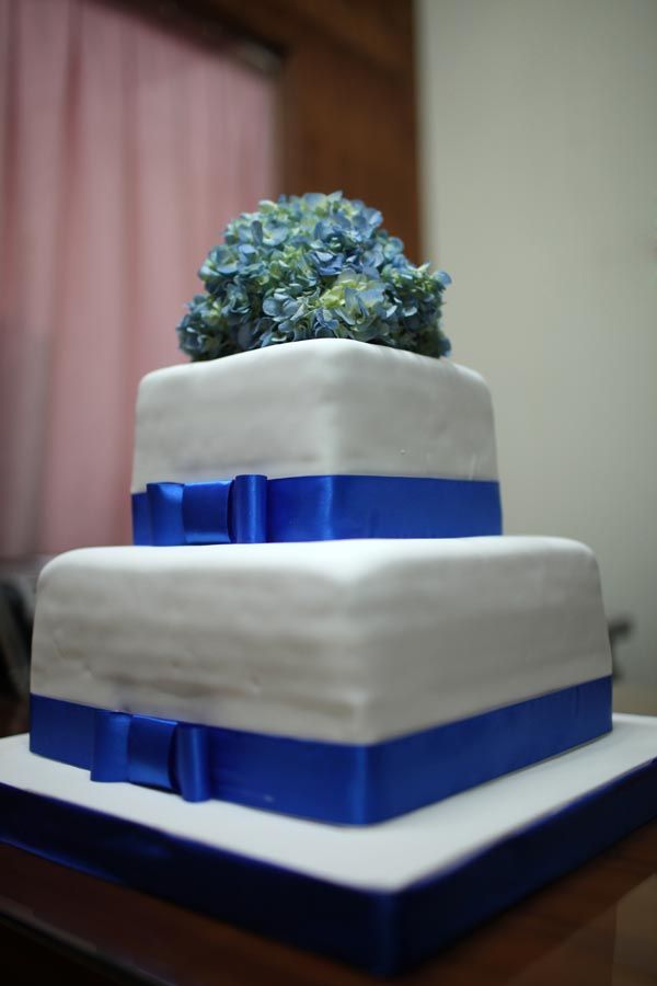 2 Tiered Square Cake Blue Ribbon