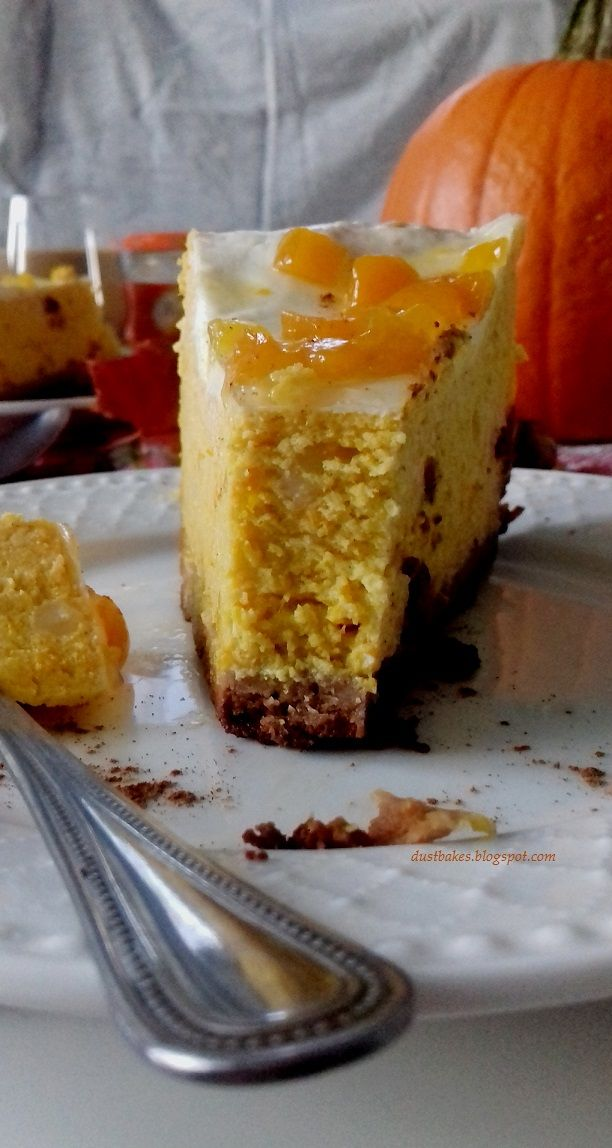 Pumpkin Cheesecake on chocolate bottom