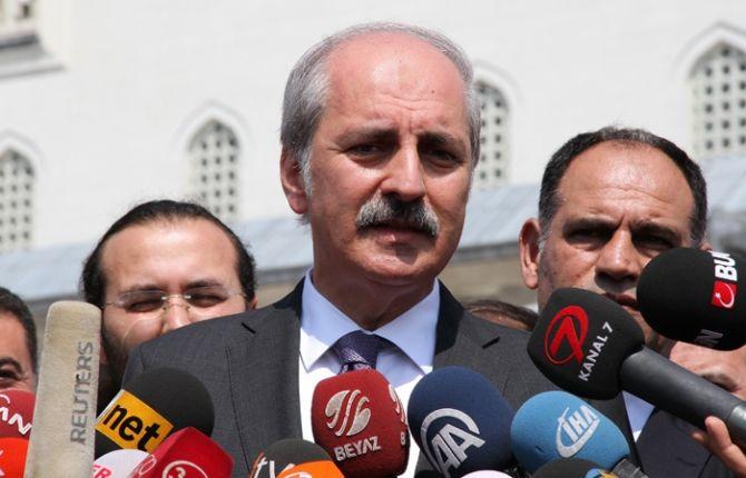 """Başbakan Yardımcısı ve Hükümet Sözcüsü Numan Kurtulmuş, Türkiye'nin Musul'un Başika bölgesinde ne aradığını soranlara karşı, """"Asıl sizin orada ne işiniz var?"""" diye sorma hakkı olduğunu belirterek, """"Biz davet üzerine oradayız. Siz hangi davet üzerine oradasınız?"""" diye sordu. AK Parti Ordu İl Danışma Kurulu toplantısında konuşan Başbakan Yardımcısı ve Hükümet Sözcüsü Numan Kurtulmuş, Suriye ve Irak'taki …"""