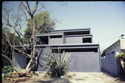 Koenig residence, Brentwood, Calif., 1984?. http://digitallibrary.usc.edu/cdm/ref/collection/p15799coll42/id/173
