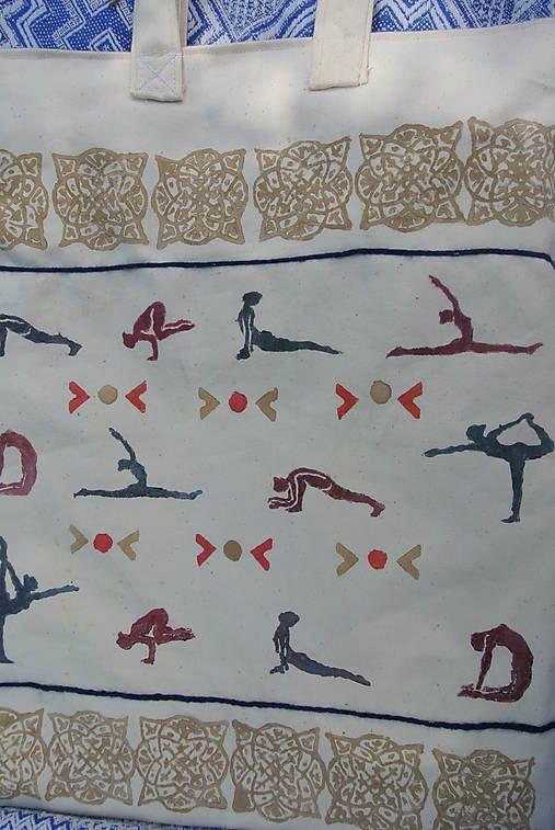 Veľká taška s yoga motívom /biela-hnedá-bordová-tmavomodrá/