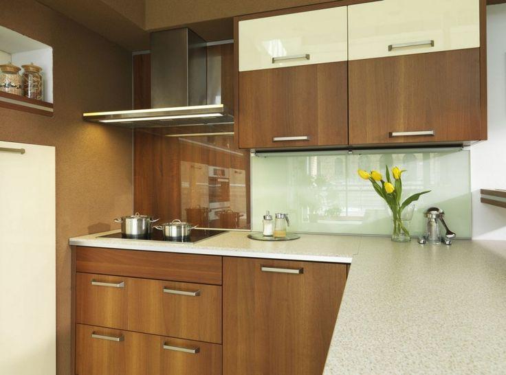 Accesorii moderne pentru Mobilierul tau de Bucatarie cu Profile din Aluminiu si Sticla Waterfall