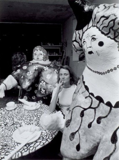 Robert Doisneau - Niki de Saint Phalle, Soisy sur Ecole, 1971