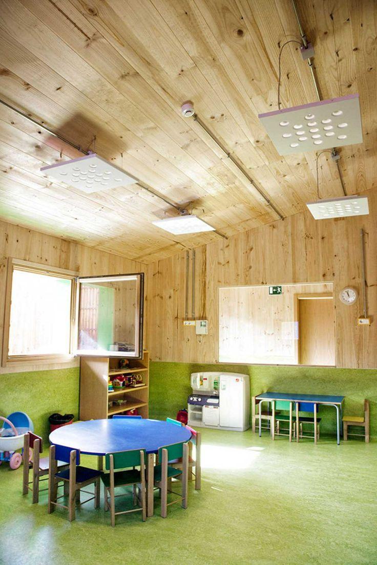 Novo edifício de educação infantil e creche em  Zaldibar / Hiribarren-Gonzalez  + Estudio Urgari