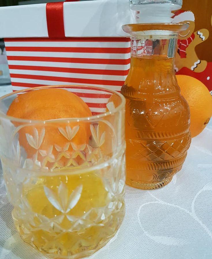 Lichior din coji de portocale si scortisoara