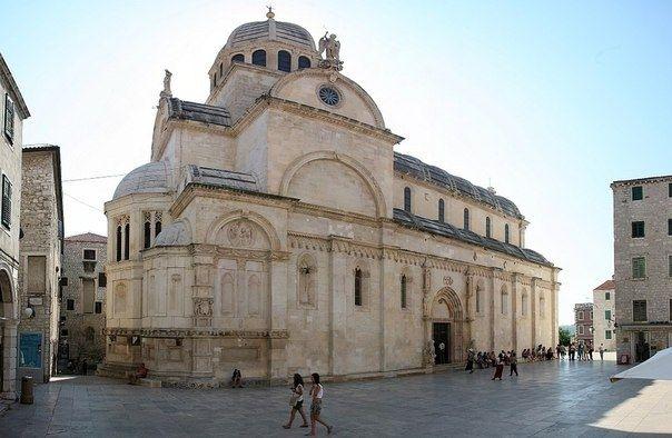 Собор Святого Иакова - памятник великим Мастерам прошлого - Путешествуем вместе