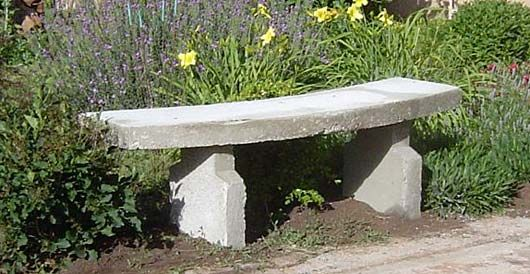 DIY: Garden concrete bench for sitting (how to make and plans)