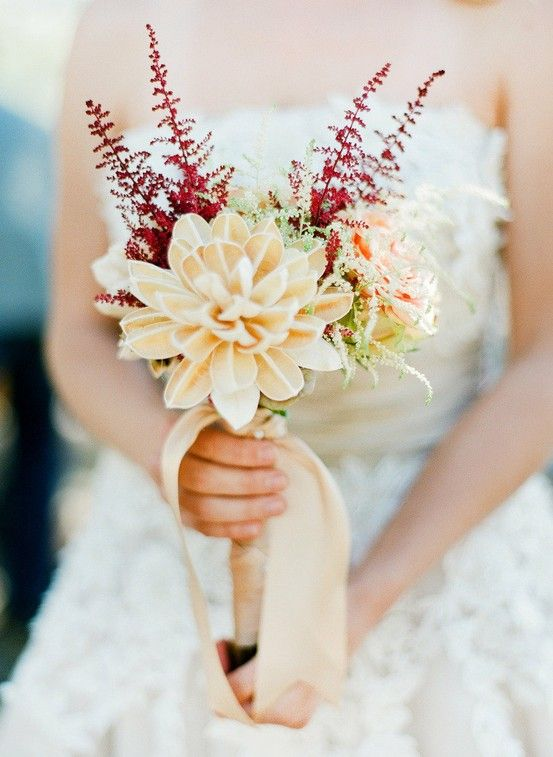 Does anyone know what flowers are in this gorgeous wedding bouquet?