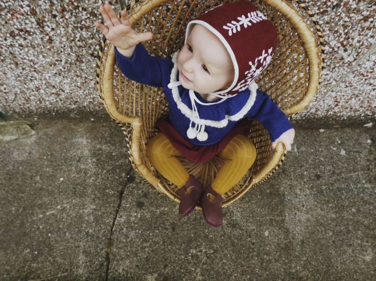 Autumn Baby Fashion with Roses and the Stars