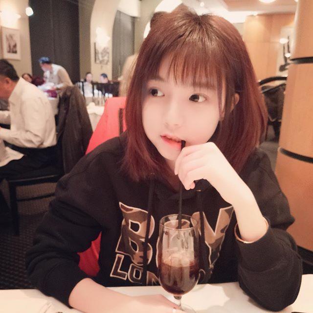 okmaid Hot Teens, Asia Girl, Ulzzang Girl, Instagram Posts, Tik Tok,