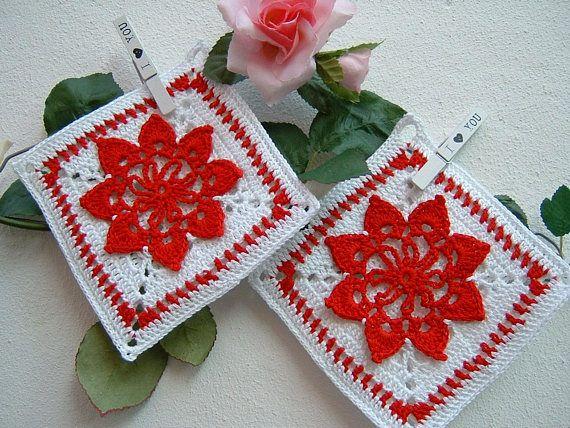 Regali Di Natale Alluncinetto.Crochet Pot Holders Pair Of White And Red Cotton Pot Holders Two