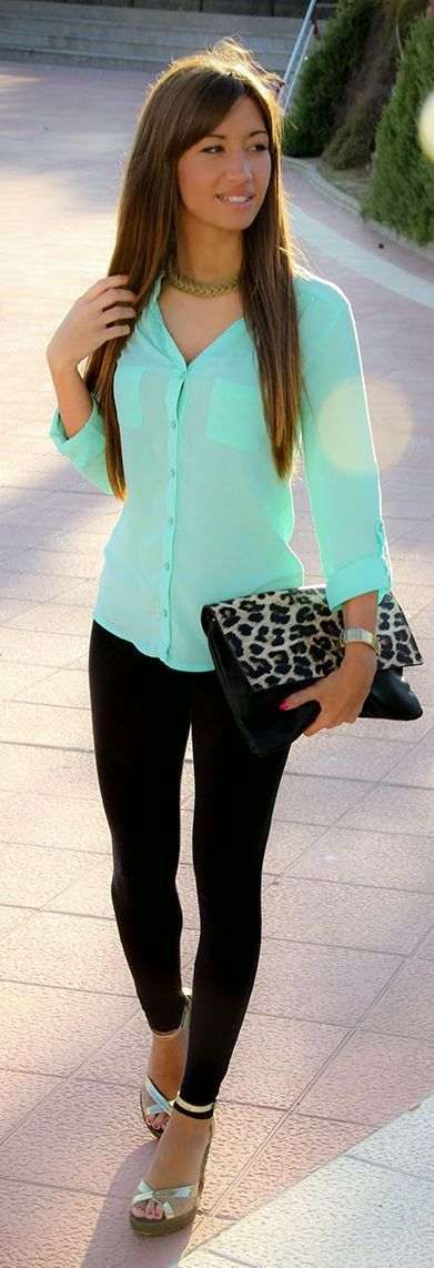 Street style | Teal blouse, black skinnies and animal prints clutch | Just a Pretty Style