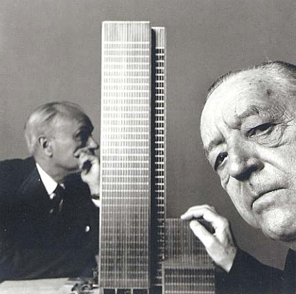 Seagram Building, Ludwig Mies van der Rohe and Philip Johnson //1955