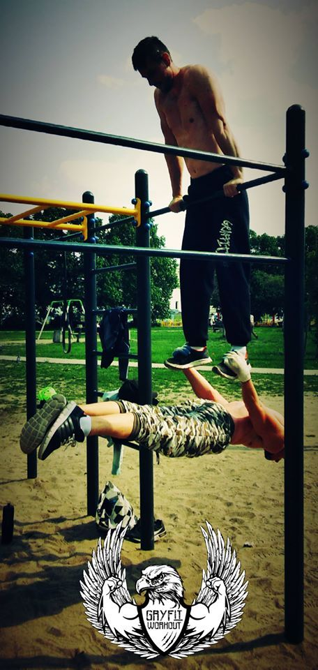 Dips with back lever