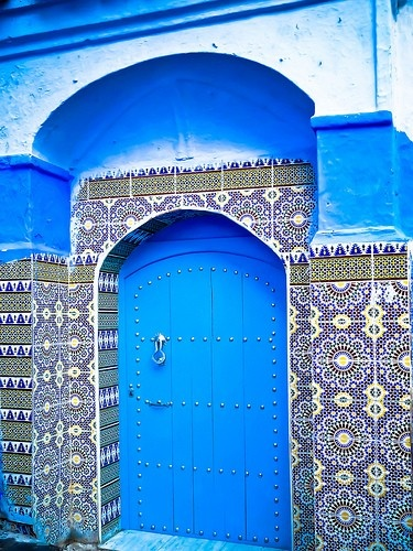 Love the tiles!: Baby Blue, Blue Doors, Colors Photography, Gardens Gates, Islam Architecture, Doorsand Window, Entrance, Moroccan Tile, Blue Doorway