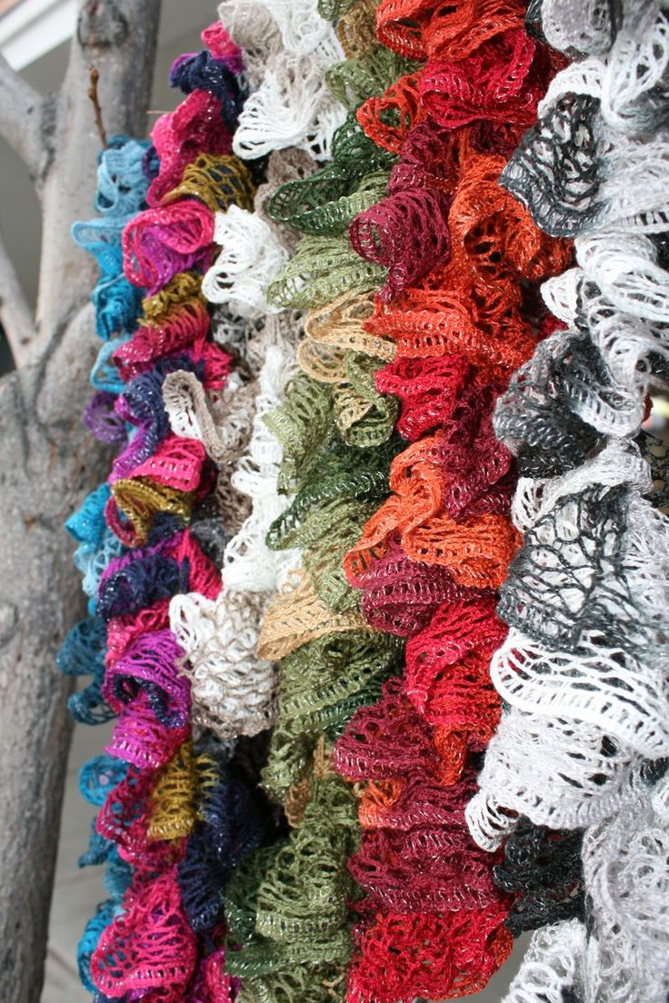 How To Crochet Ruffle Rose Scarf Free Pattern Tutorial For Beginners : Crochet Ruffle Scarf Pattern Beginner After seeing Tracy ...