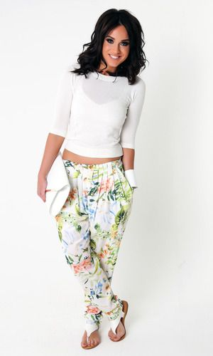 Vicky Pattison launches new clothing collection ss15 with honeyz
