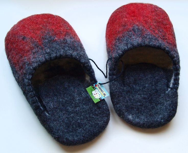 """Savatianes"" cozy felted slippers for cocooning lovers."