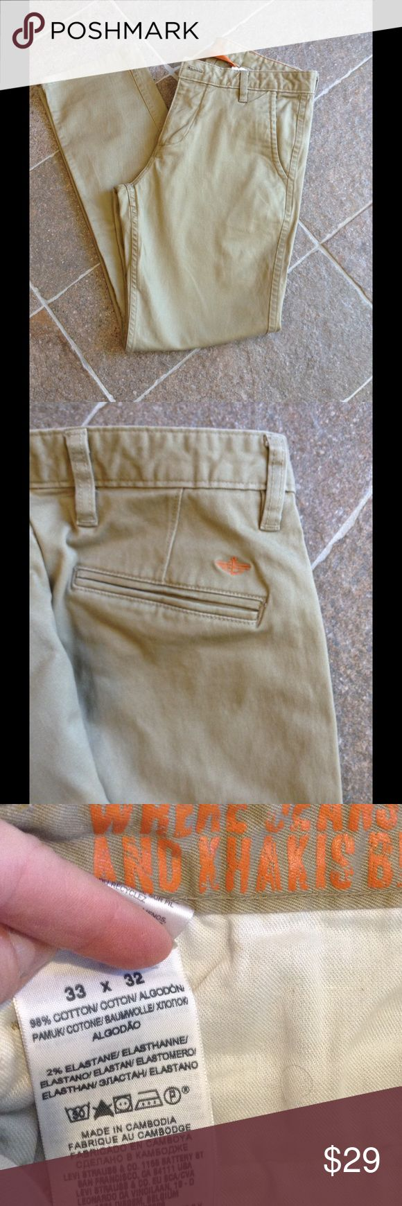 Young men slim fit khakis. Like new. Great fit. Dockers Pants Chinos & Khakis