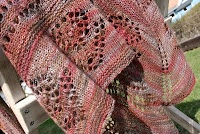 You can knit this Aunt Azura shawl yourself.  Buy the pattern here:  http://drutoterapia.blogspot.se/p/moje-projekty-my-design.html