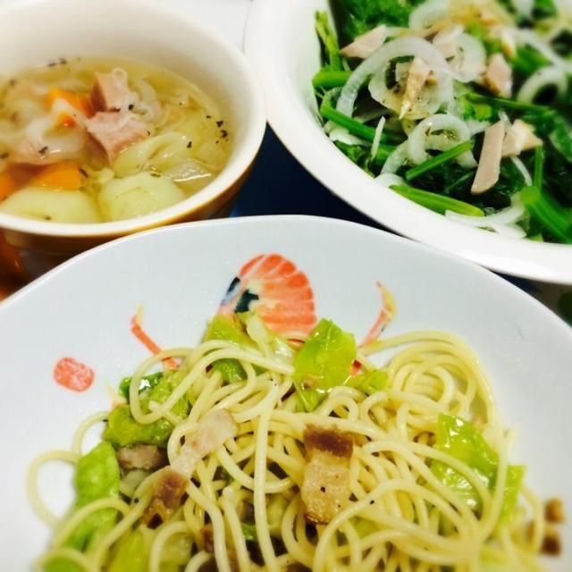 新玉ねぎが甘く、生でたくさん食べれて美味 - 14件のもぐもぐ - ランチ春キャベツのパスタ、かき菜と新玉ねぎのサラダ、野菜スープ♪ by akarizumu