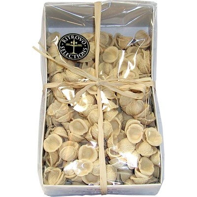 Orecchiette Pasta from Italy - Orecchiete, 'little ears' of pasta, easily hold rich, chunky pasta sauces due to their handsome shape and sauce-gripping texture. Great with chickpeas and rapini.