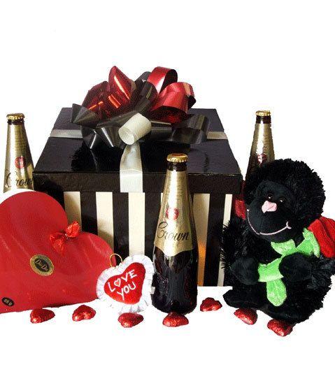 10 Valentine's Day Gift Hampers for Men