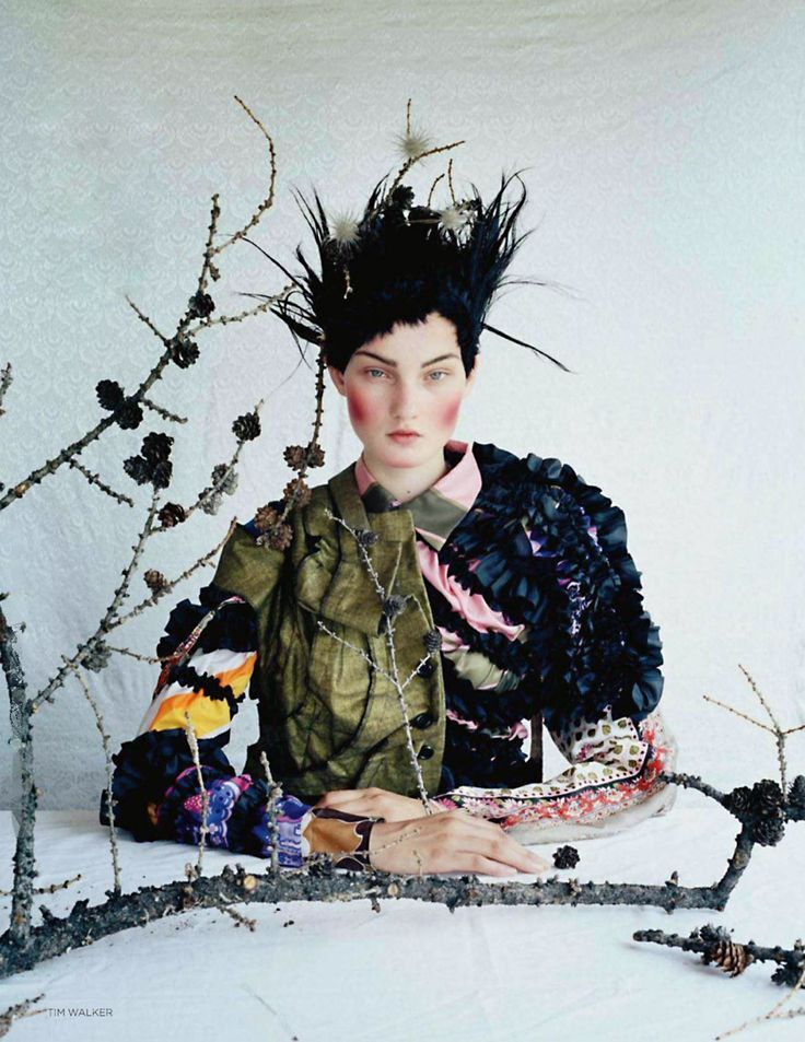 the december issue of vogue uk takes us to mongolia alogside tim walker, kirsi pyrhonen, styling and shooting team.