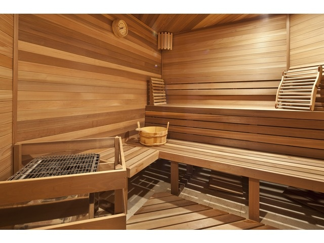 New Nice sauna in this Grey Oaks home in Naples FL