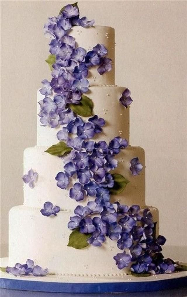 Weddbook is a content discovery engine mostly specialized on wedding concept. You can collect images, videos or articles you discovered organize them, add your own ideas to your collections and share with other people | 35 Most Stunning Flowery Wedding Cakes for a Dream Wedding - EverAfterGuide