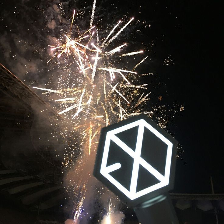 170603 Dream Concert in Seoul  #EXO #lightstick #Dreamconcert #exolightstick
