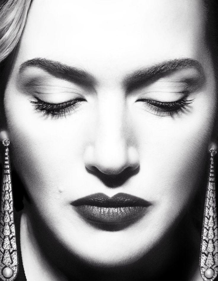 Кейт Уинслет (Kate Winslet) в фотосессии Мигеля Ревериего (Miguel Reveriego) для журнала Vogue Spain (август 2012)