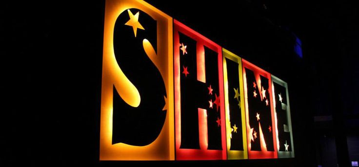 Glowing-Letter-Boxes-Stage-Design