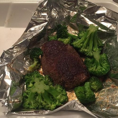 Keto on the go! 6oz steak and broccoli from Chilis not real sure if broccoli is keto or not because it has some carbs but it was the only side that wasnt made of some sort of potato or rice so Ill take it! #waroncarbs #keto #ketosis #ketodiet #ketogenic #ketogenicdiet #foodporn #weightloss #weightlossjourney #fitness #fitnessjourney #fitnessmotivation #instafit #powerlifting #squats #benchpress #deadlift #howmuchyabench #slingshot #jackedandtan #strongasfuck #lockjawcollars #fuckaverage #frēk #homegym #hviii #hviiibrandgoods #spreadhviii #alwaysparty #bikiniprep – Inspirational and Motivational Ketogenic Diet Pins – Eat Keto Get Into Nutritional Ketosis – Discover LCHF to Prevent Diseases – Enjoy Low-Carb High-Fat Lifestyle For Better Health