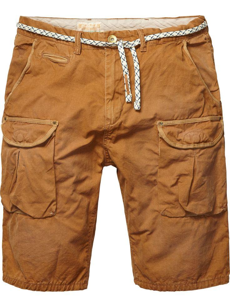 Shorts cargo gastados con estampado interior en contraste   Shorts   Ropa para hombre en Scotch & Soda